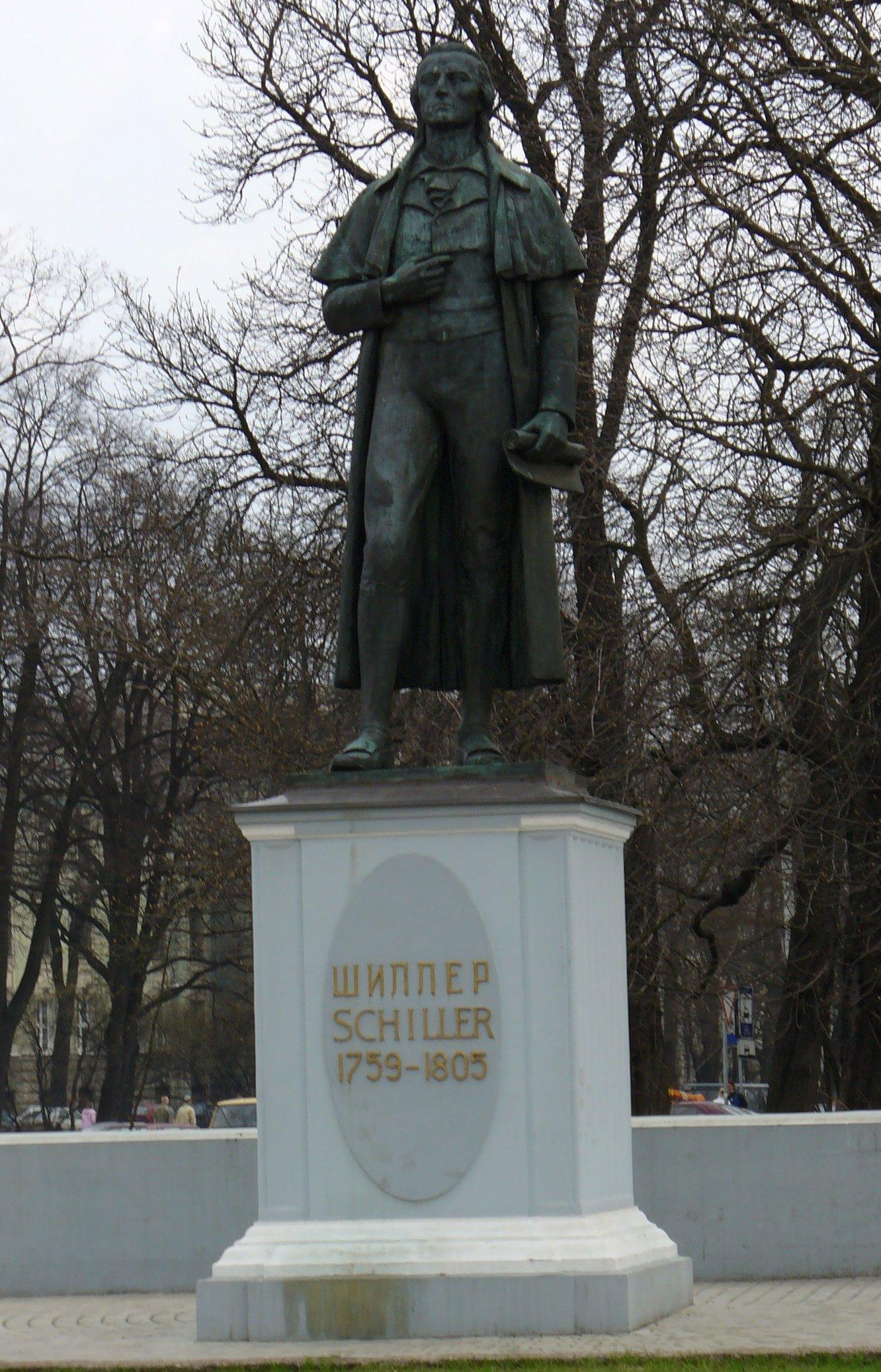Schiller-Standbild in Kaliningrad